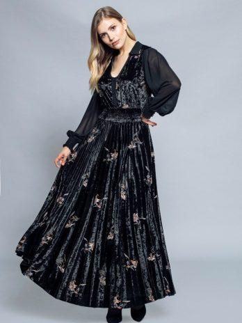 Vestido comprido veludo e bordado