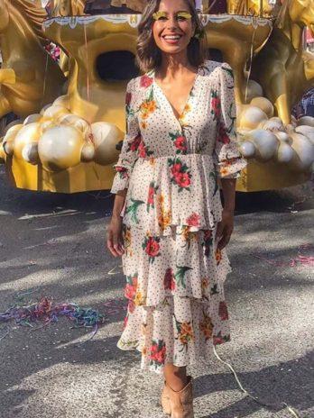 Vestido bolas e flores