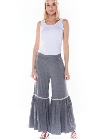 Pantalona com renda