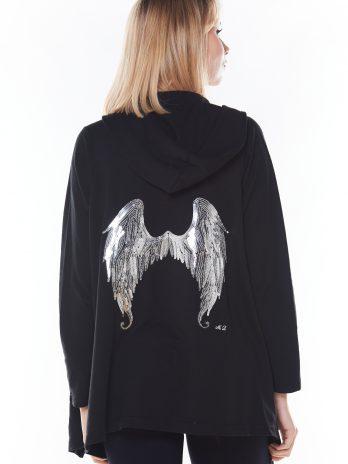 Casaco capuz com asas nas costas