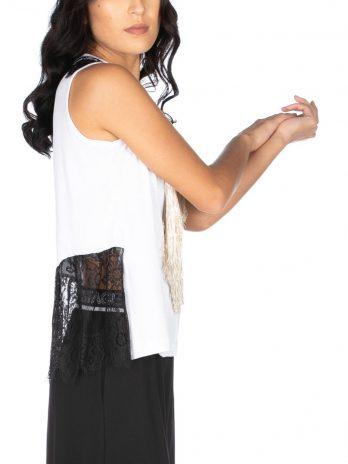 T-shirt lábio com franjas e renda