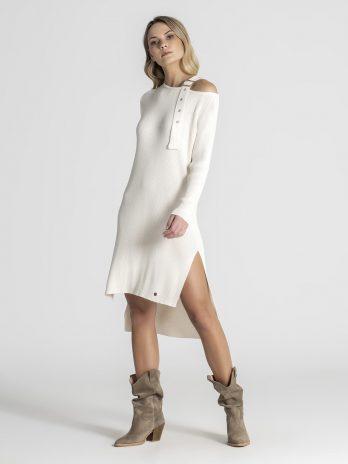 Vestido canelado com fivela